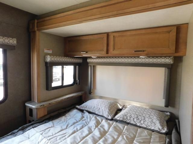 2019 Thor Motor Coach QUANTUM KM24*18 For Sale In Leduc Queen Bedroom