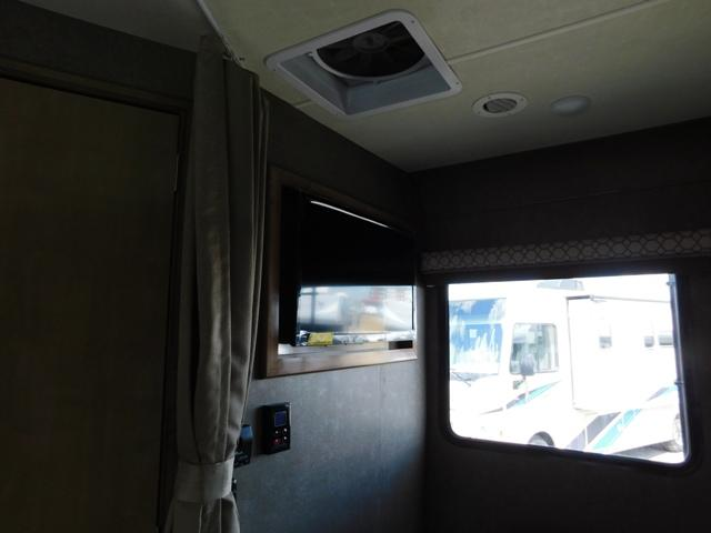 2019 Thor Motor Coach QUANTUM KM24*18 For Sale In Leduc Bedroom TV