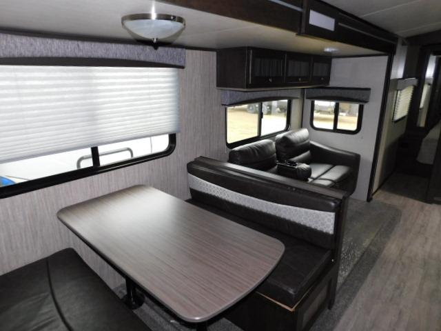 2019 Cruiser RV SHADOW 313BHS For Sale In Leduc Booth Dinette
