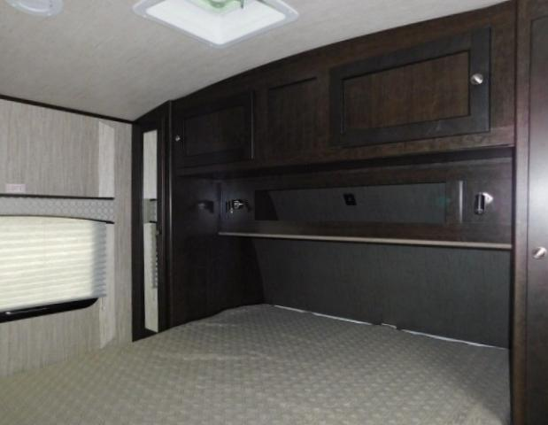 2019 Cruiser RV SHADOW 313BHS For Sale In Leduc Queen Bed