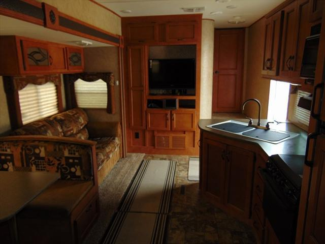 2012 Gulfstream CANYON TRAIL Y32FRTG For Sale In Edmonton