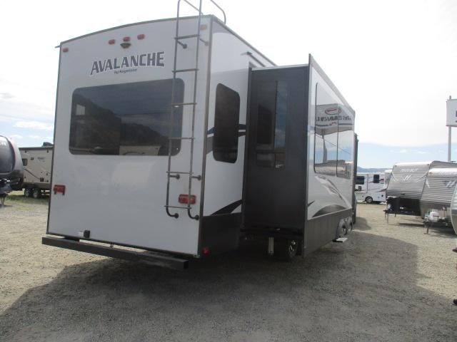 2018 Keystone AVALANCHE 365MB For Sale In Kamloops