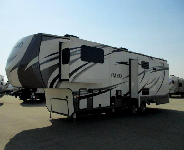2018 Crossroads CAMEO 330RL For Sale In Leduc