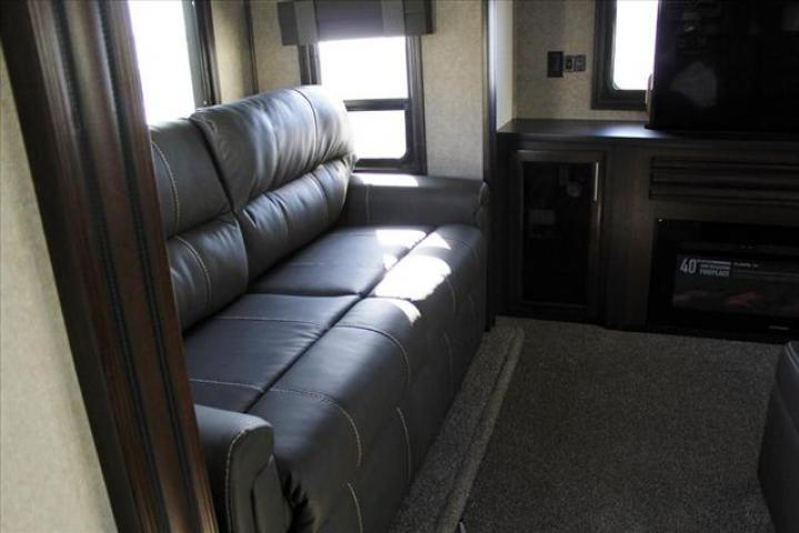 2018 Jayco NORTHPOINT 387RDFS For Sale In Lacombe County