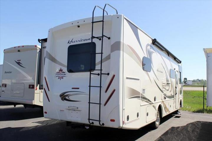 2018 Thor Motor Coach HURRICANE 31S For Sale In Lacombe County