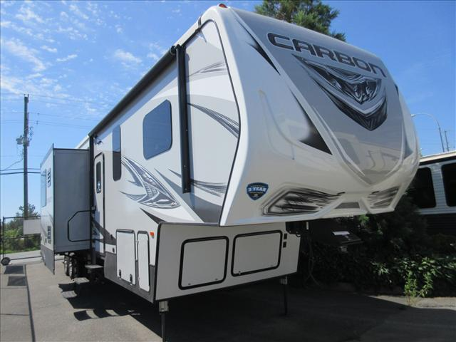 2019 Keystone CARBON F403 For Sale In Abbotsford