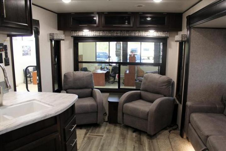 2019 Jayco JAY FLIGHT 285RLSW For Sale In Lacombe County
