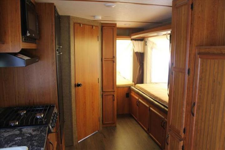 2017 Starcraft TRAVELSTAR 239TBS For Sale In Lacombe County