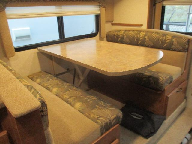 2015 Lance 1052 For Sale In Kamloops