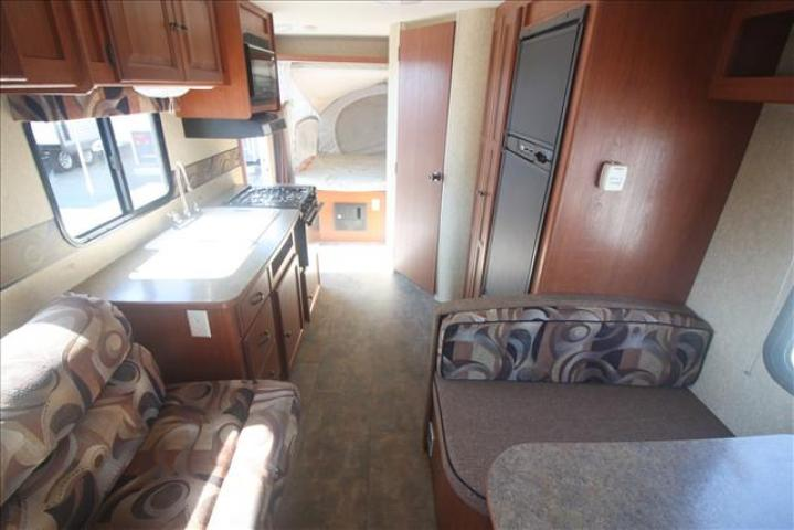 2012 Dutchmen AEROLITE 185E For Sale In Bedford